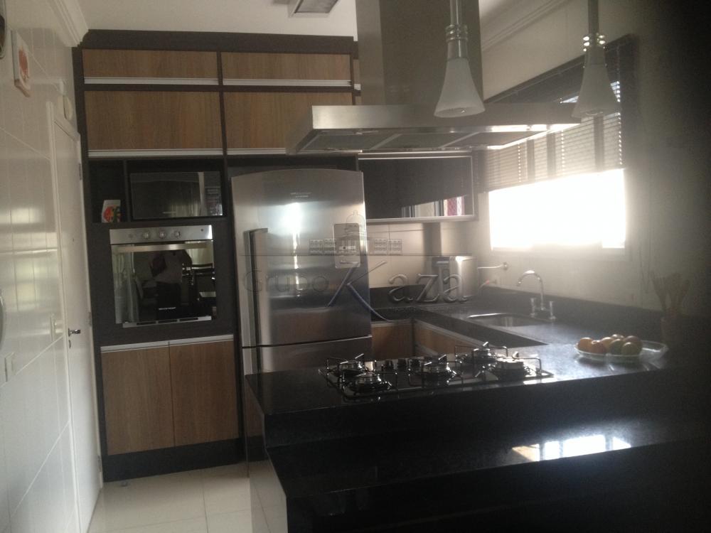 Sao Jose dos Campos Apartamento Venda R$750.000,00 Condominio R$560,00 3 Dormitorios 3 Suites Area construida 133.00m2