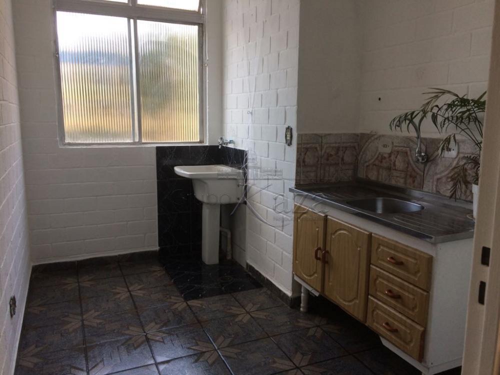 Alugar Apartamento / Padrão em São José dos Campos apenas R$ 770,00 - Foto 1