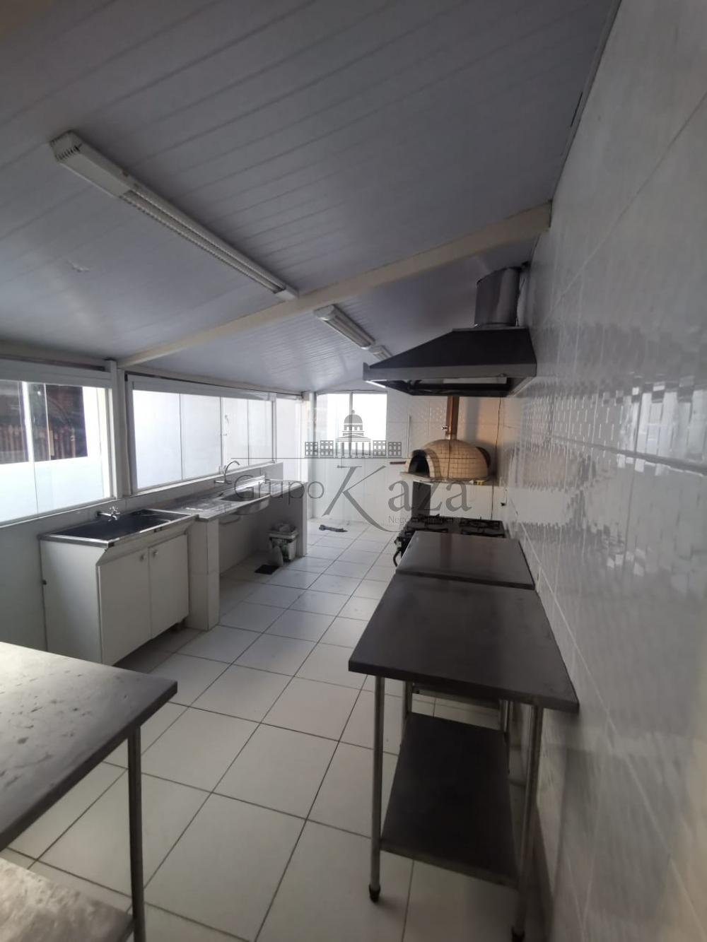 Alugar Comercial/Industrial / Casa em São José dos Campos R$ 3.000,00 - Foto 8