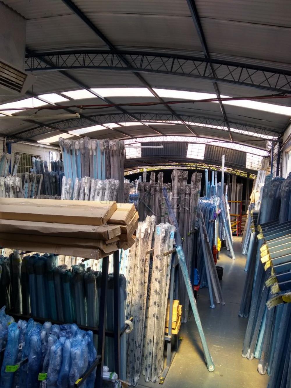 Alugar Comercial/Industrial / Galpão em São José dos Campos R$ 16.000,00 - Foto 2