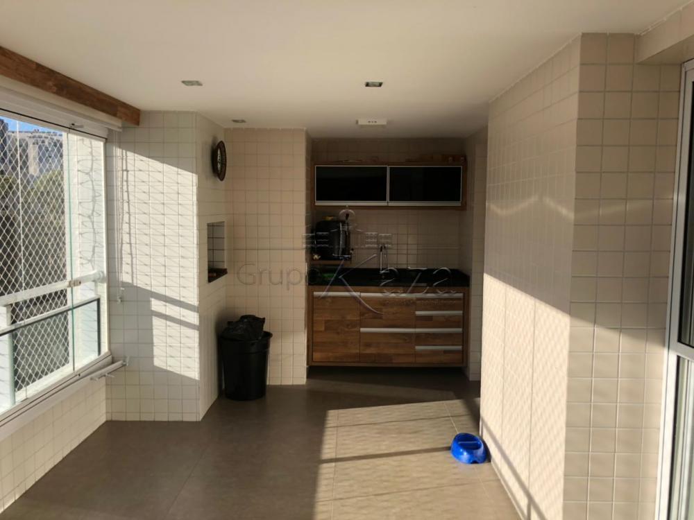 Apartamento / Padrão em São José dos Campos Alugar por R$6.000,00