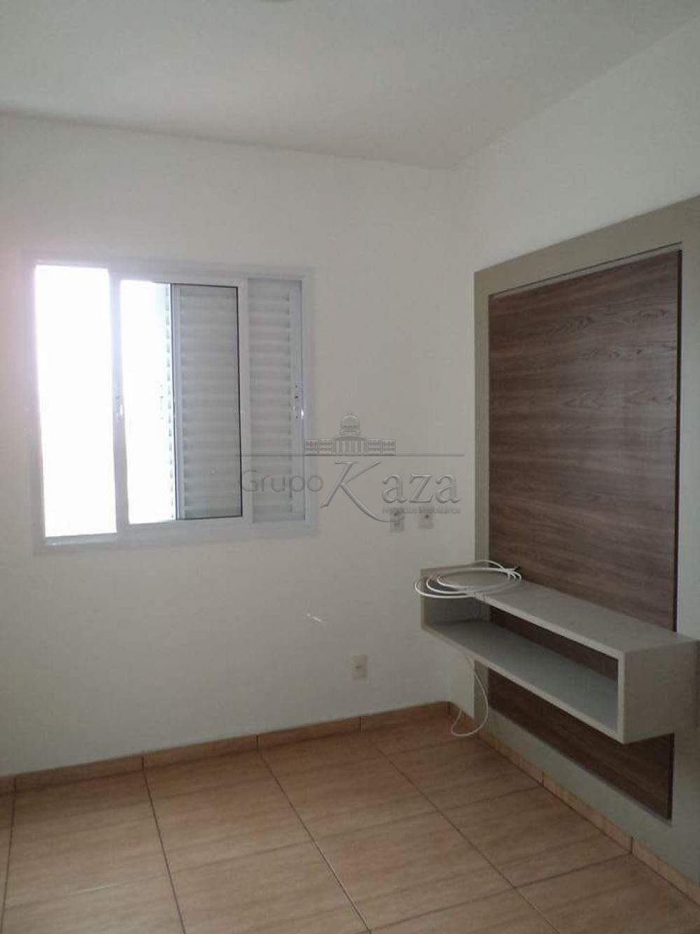 alt='Alugar Apartamento / Padrão em São José dos Campos R$ 1.250,00 - Foto 3' title='Alugar Apartamento / Padrão em São José dos Campos R$ 1.250,00 - Foto 3'
