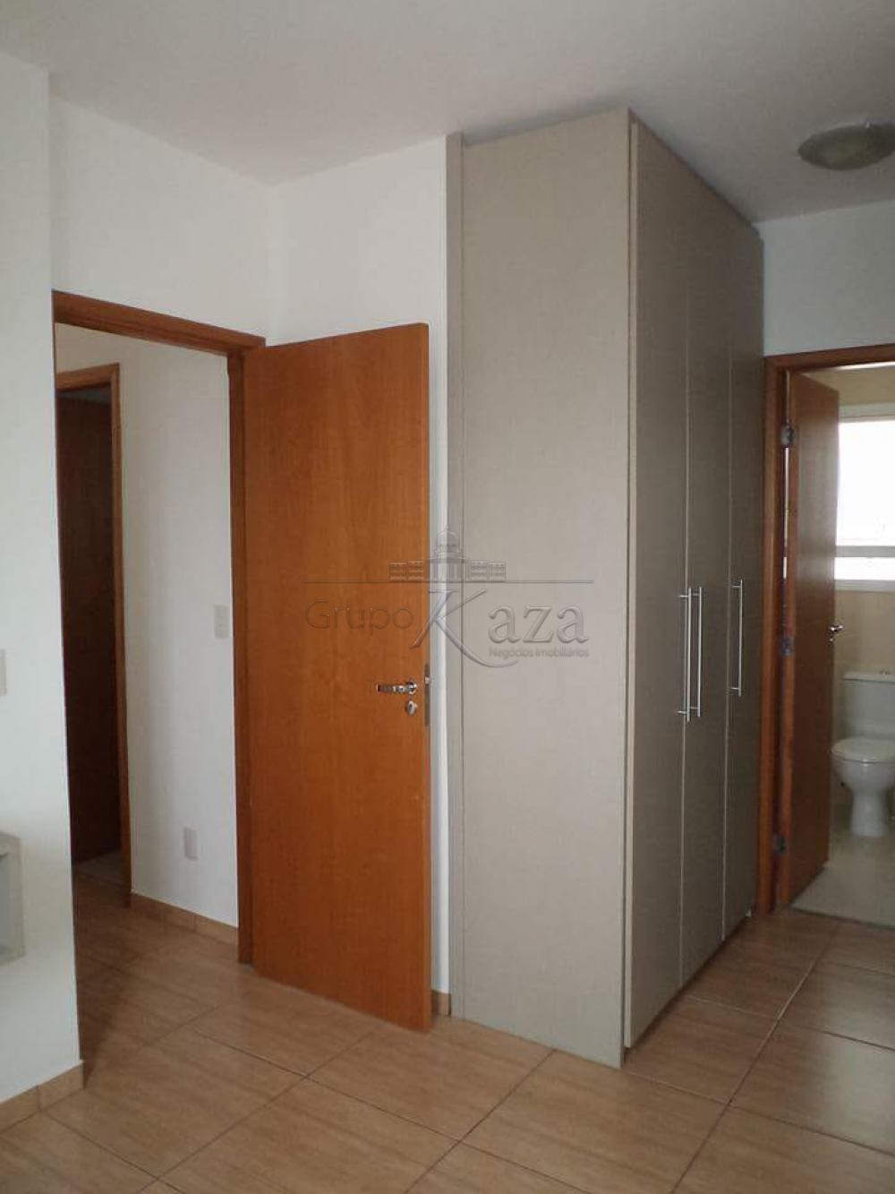 alt='Alugar Apartamento / Padrão em São José dos Campos R$ 1.250,00 - Foto 8' title='Alugar Apartamento / Padrão em São José dos Campos R$ 1.250,00 - Foto 8'