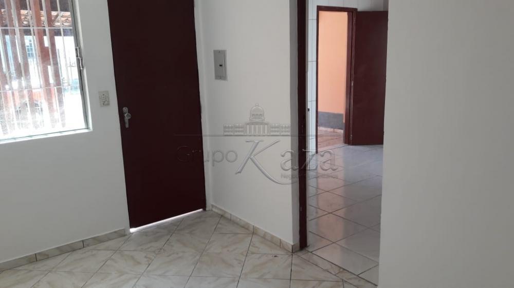 Casa / Térrea em Jacareí , Comprar por R$245.000,00