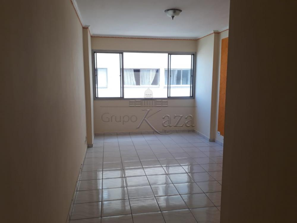 Apartamento / Padrão em São José dos Campos Alugar por R$980,00