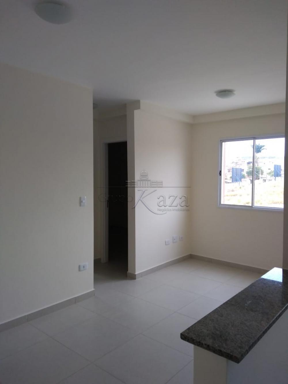 Apartamento / Padrão em São José dos Campos Alugar por R$702,00
