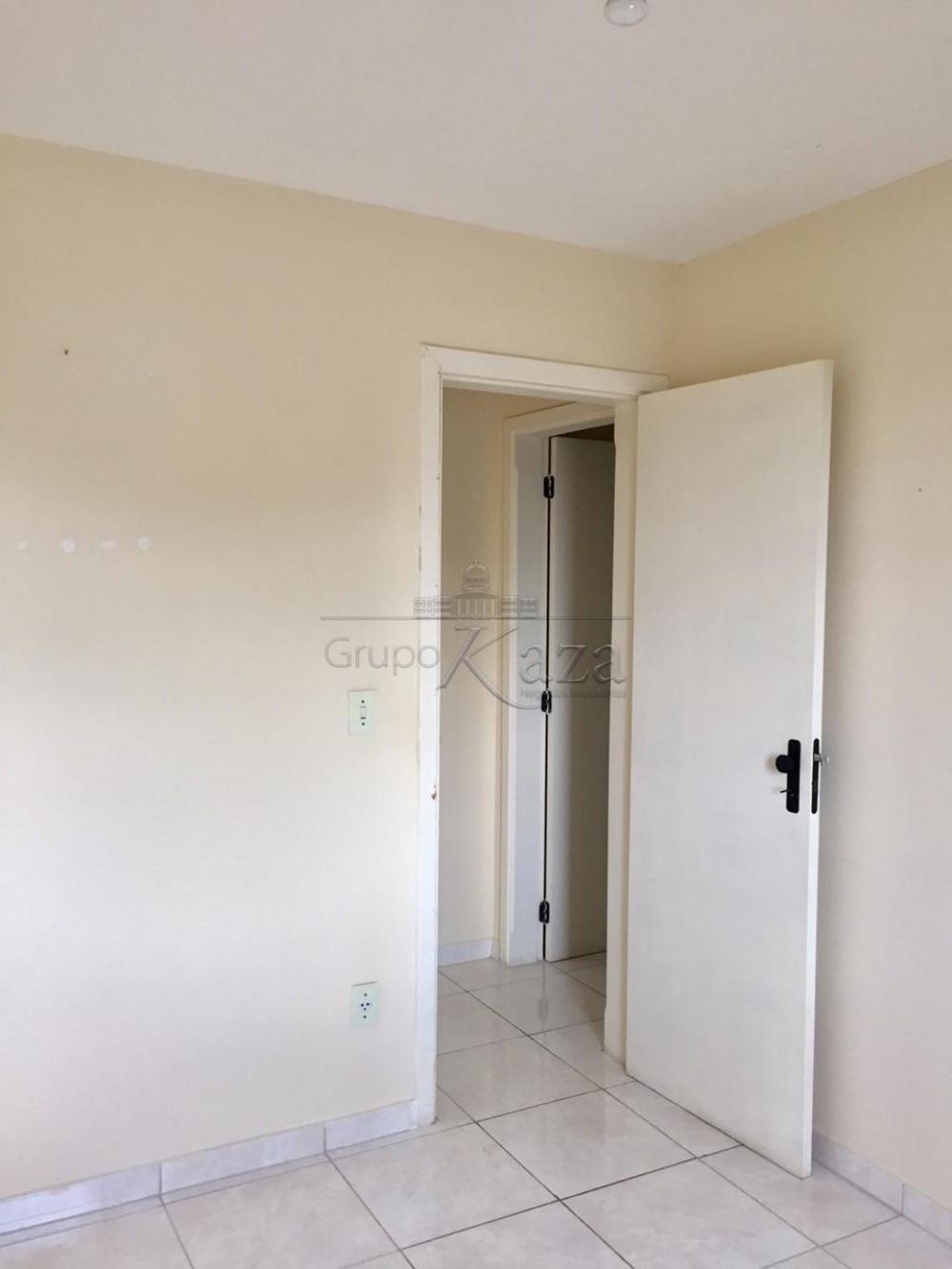 Comprar Apartamento / Padrão em São José dos Campos apenas R$ 260.000,00 - Foto 11