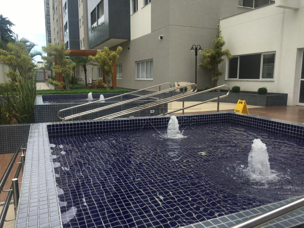 Comprar Apartamento / Padrão em São José dos Campos apenas R$ 495.000,00 - Foto 2