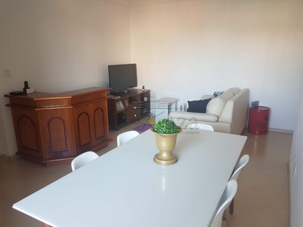 Comprar Apartamento / Padrão em São José dos Campos apenas R$ 340.000,00 - Foto 1
