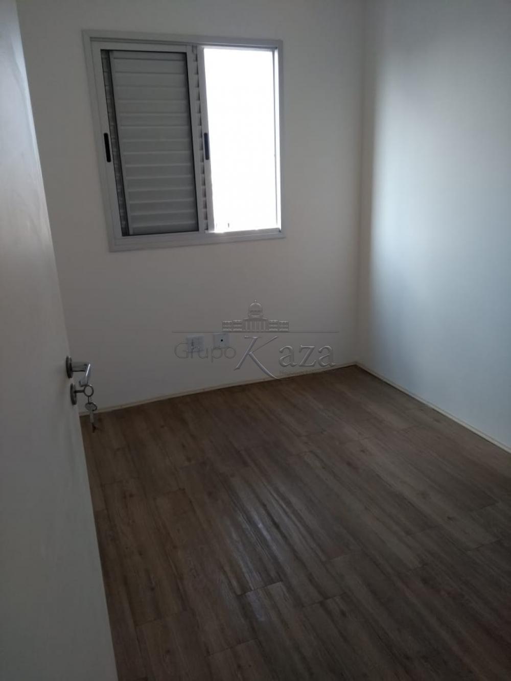 Comprar Apartamento / Padrão em São José dos Campos apenas R$ 295.000,00 - Foto 13