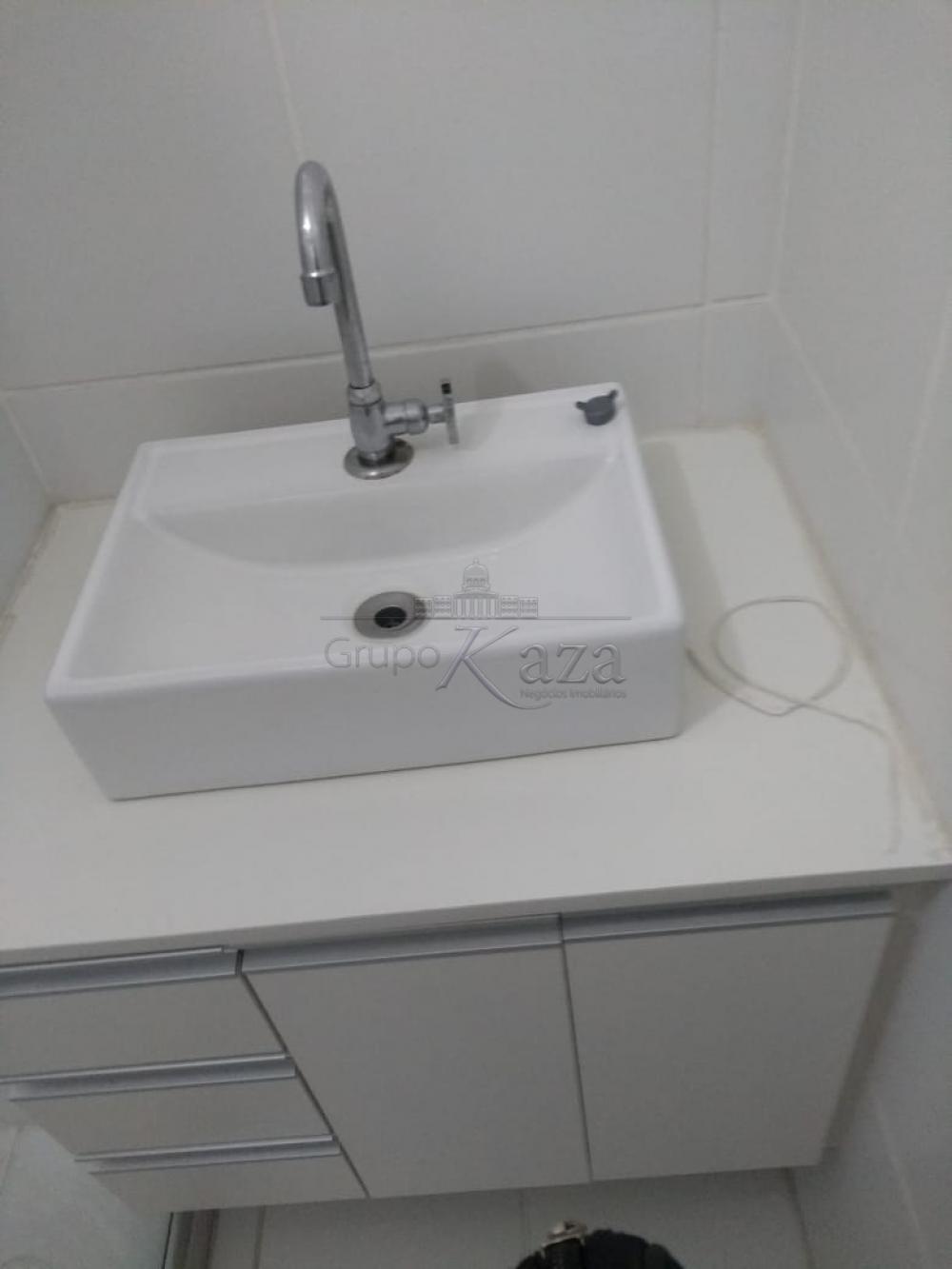 Comprar Apartamento / Padrão em São José dos Campos apenas R$ 299.000,00 - Foto 16