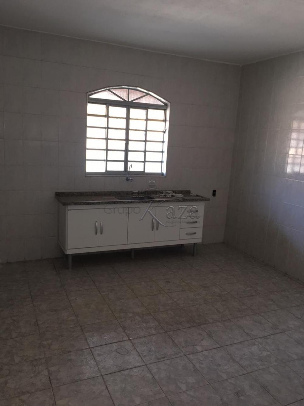 Alugar Casa / Padrão em São José dos Campos apenas R$ 1.200,00 - Foto 11