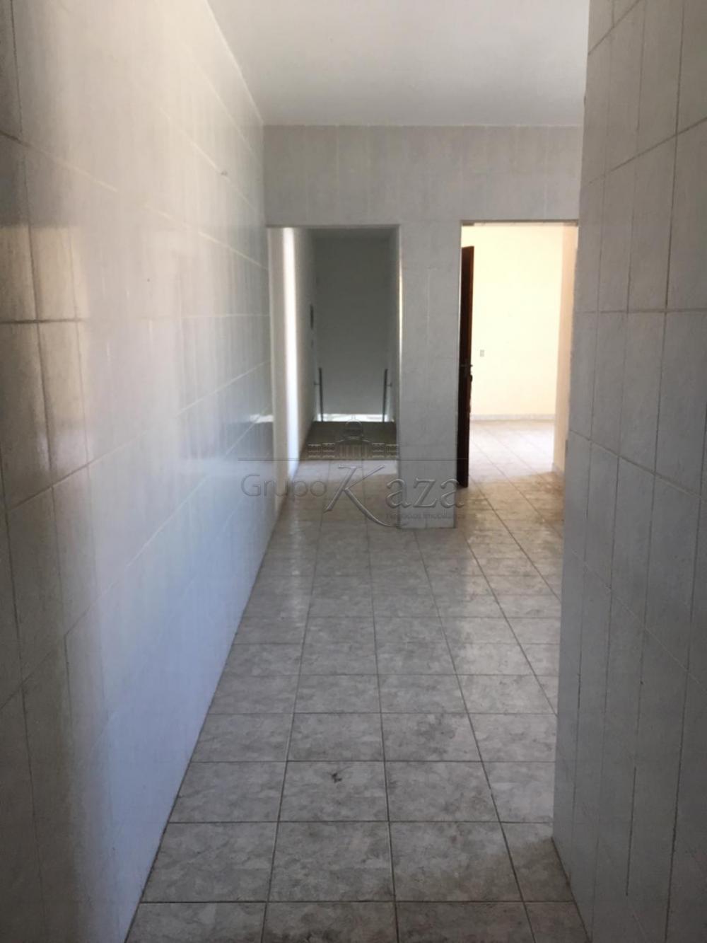 Alugar Casa / Padrão em São José dos Campos apenas R$ 1.200,00 - Foto 12