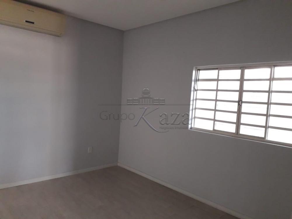 Alugar Area / Comercial em São José dos Campos R$ 1.200,00 - Foto 4