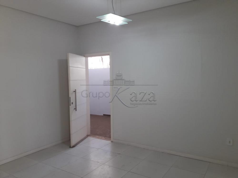 Alugar Area / Comercial em São José dos Campos R$ 1.200,00 - Foto 5