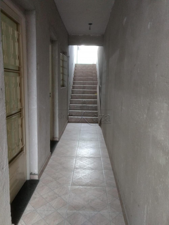 Alugar Casa / Padrão em São José dos Campos apenas R$ 810,00 - Foto 16