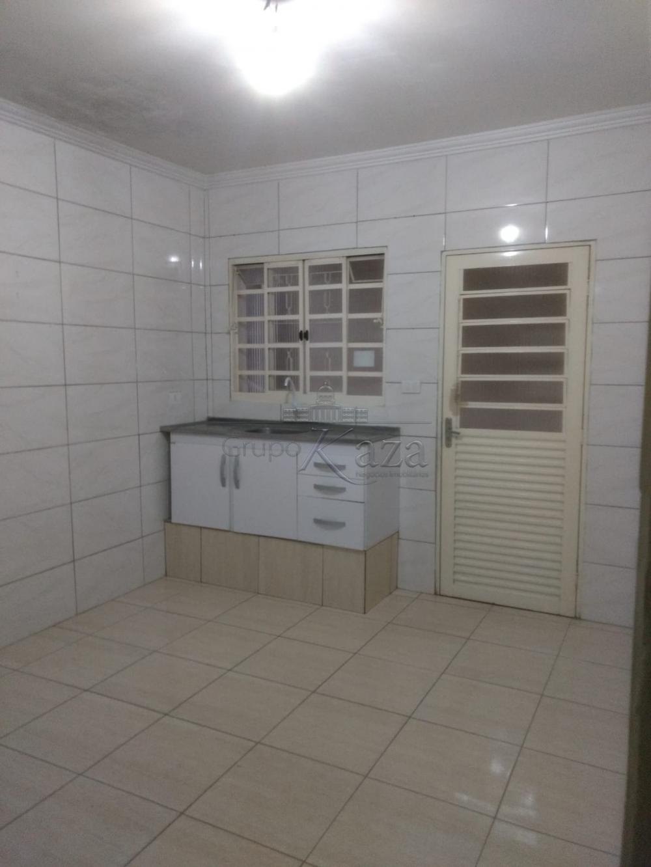 Alugar Casa / Padrão em São José dos Campos apenas R$ 810,00 - Foto 2