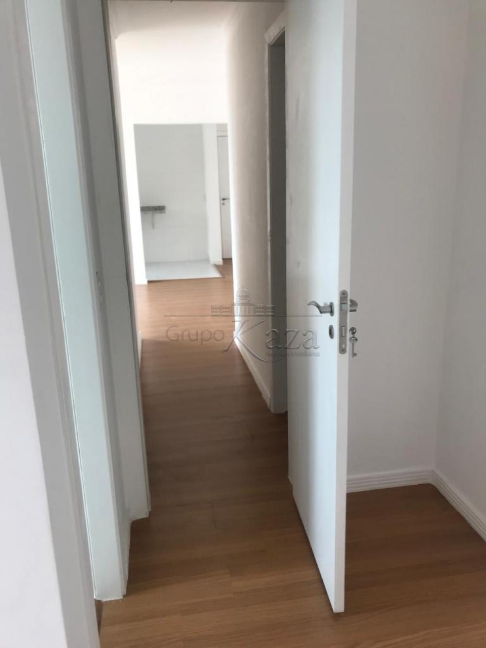 alt='Comprar Apartamento / Padrão em São José dos Campos R$ 350.000,00 - Foto 15' title='Comprar Apartamento / Padrão em São José dos Campos R$ 350.000,00 - Foto 15'