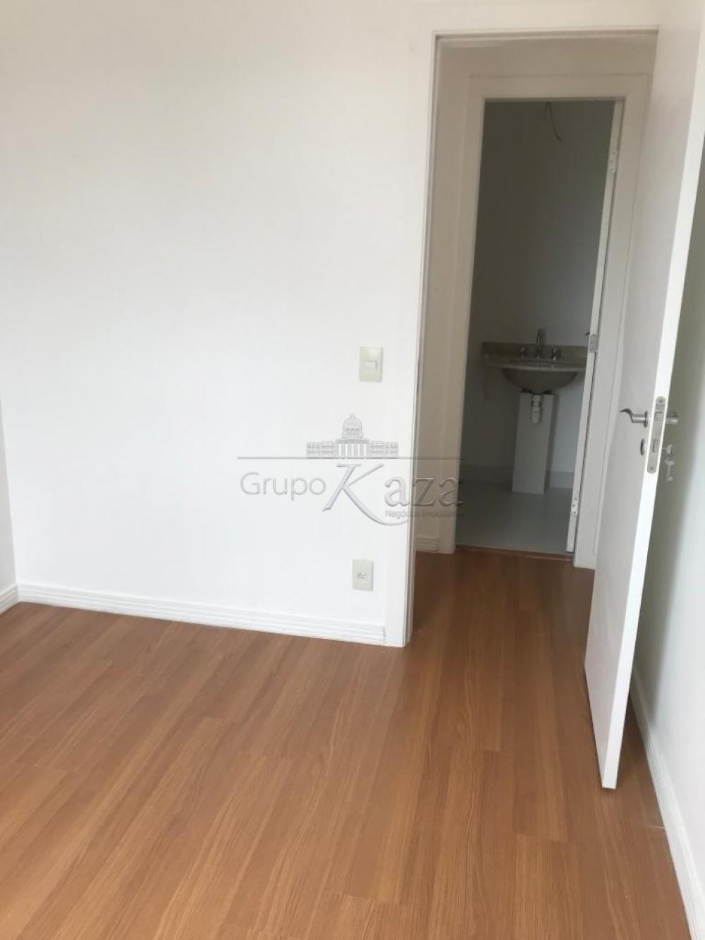 alt='Comprar Apartamento / Padrão em São José dos Campos R$ 350.000,00 - Foto 18' title='Comprar Apartamento / Padrão em São José dos Campos R$ 350.000,00 - Foto 18'