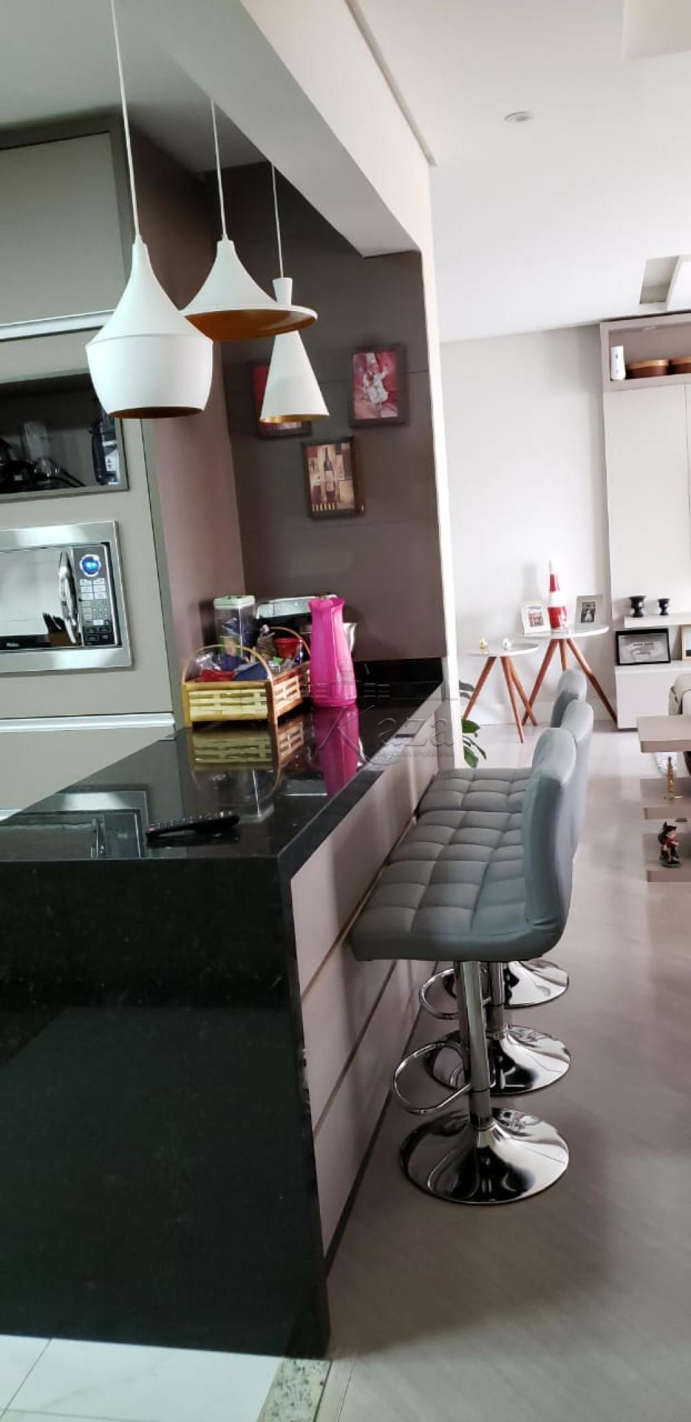 Alugar Apartamento / Padrão em São José dos Campos R$ 3.000,00 - Foto 4
