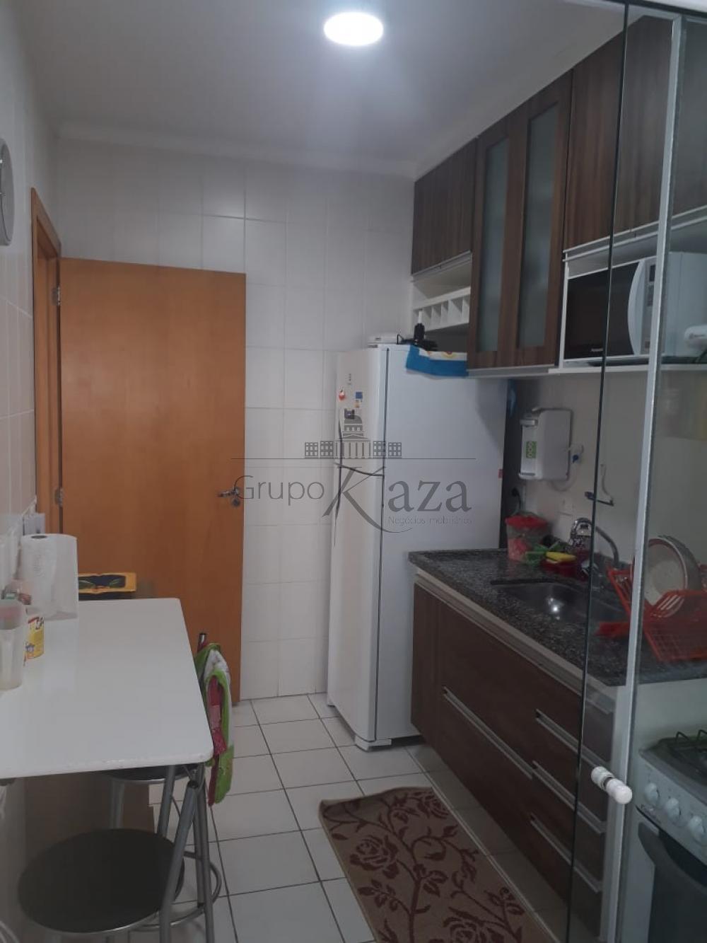 alt='Alugar Apartamento / Padrão em São José dos Campos R$ 2.200,00 - Foto 4' title='Alugar Apartamento / Padrão em São José dos Campos R$ 2.200,00 - Foto 4'