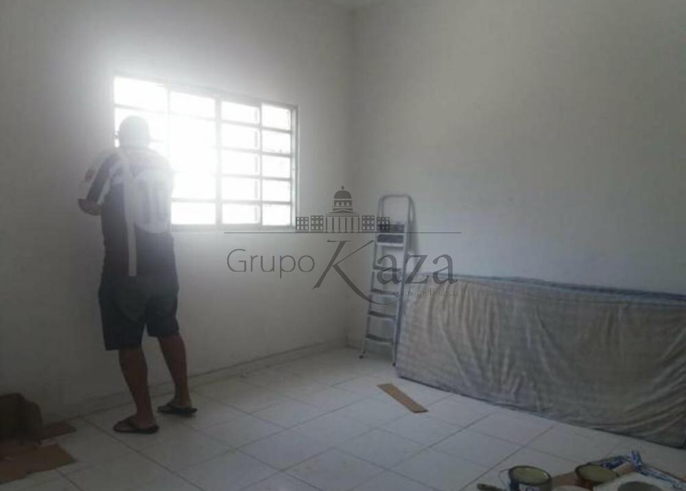 Comprar Casa / Padrão em São José dos Campos apenas R$ 195.000,00 - Foto 4