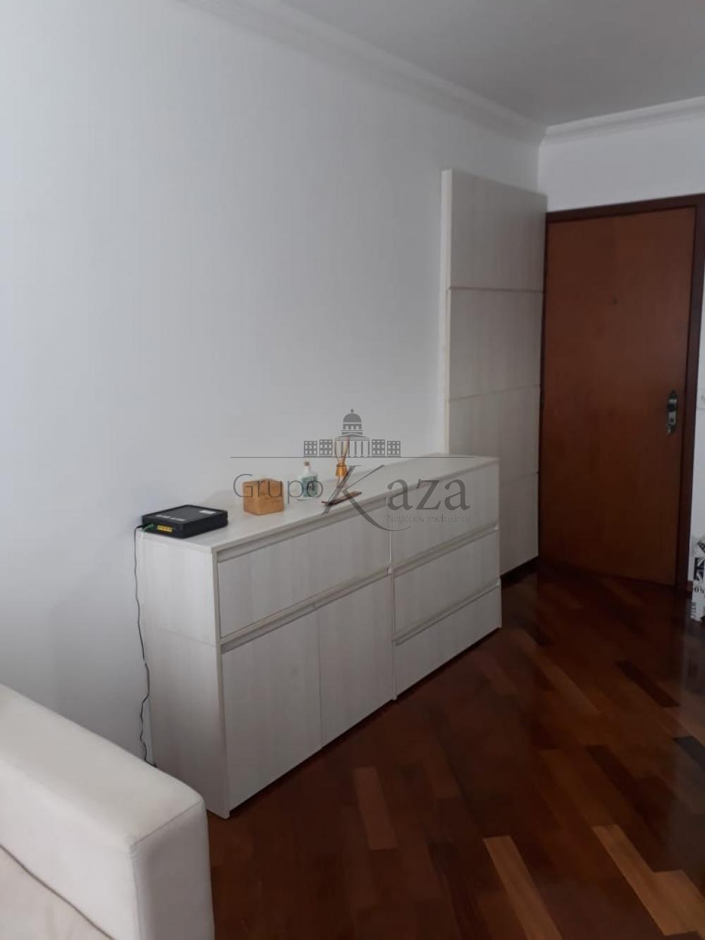 alt='Comprar Apartamento / Padrão em São José dos Campos R$ 415.000,00 - Foto 1' title='Comprar Apartamento / Padrão em São José dos Campos R$ 415.000,00 - Foto 1'