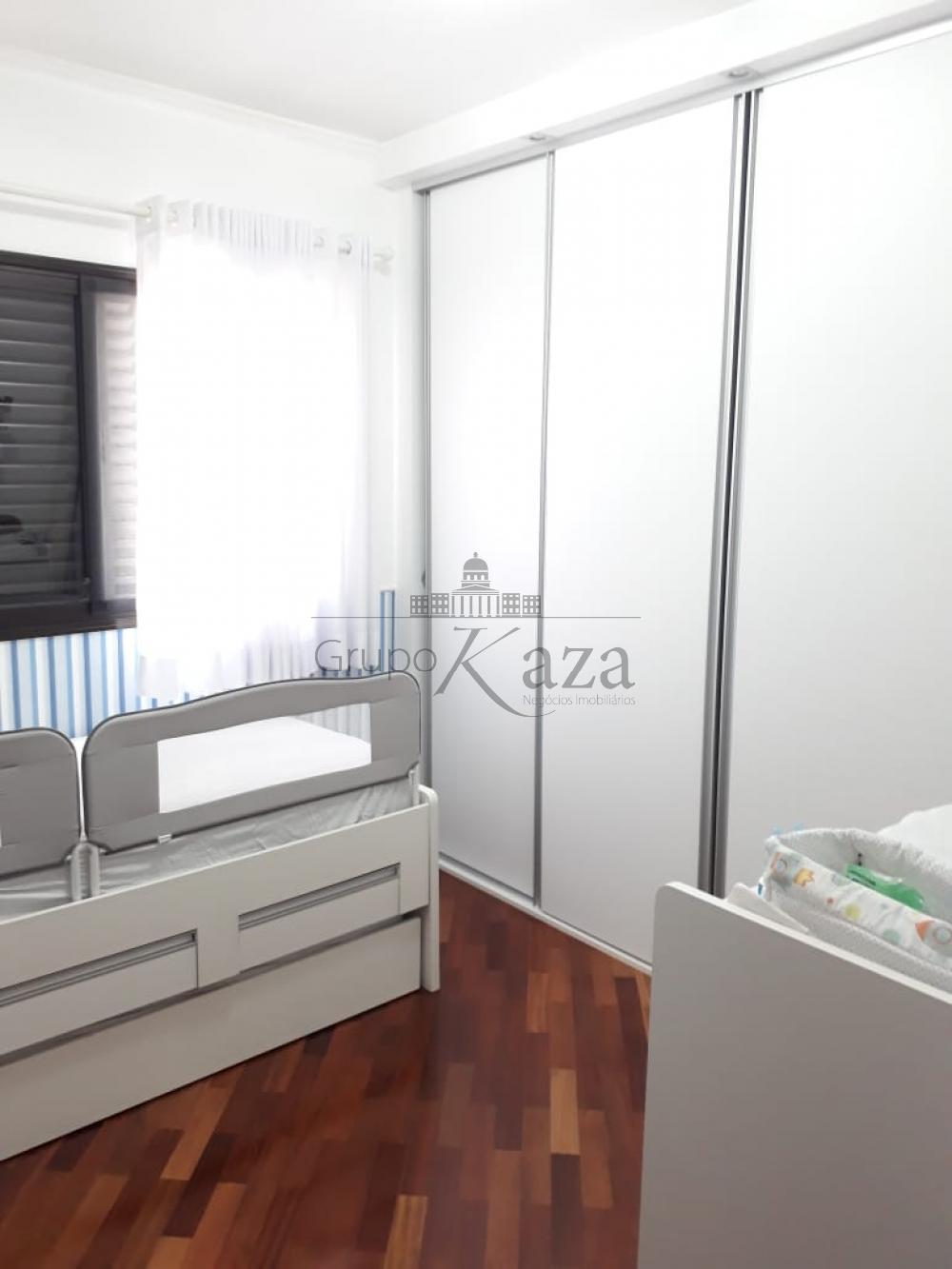 alt='Comprar Apartamento / Padrão em São José dos Campos R$ 415.000,00 - Foto 9' title='Comprar Apartamento / Padrão em São José dos Campos R$ 415.000,00 - Foto 9'