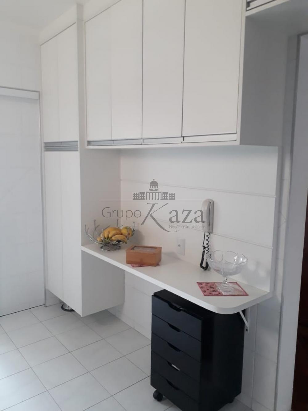 alt='Comprar Apartamento / Padrão em São José dos Campos R$ 415.000,00 - Foto 6' title='Comprar Apartamento / Padrão em São José dos Campos R$ 415.000,00 - Foto 6'