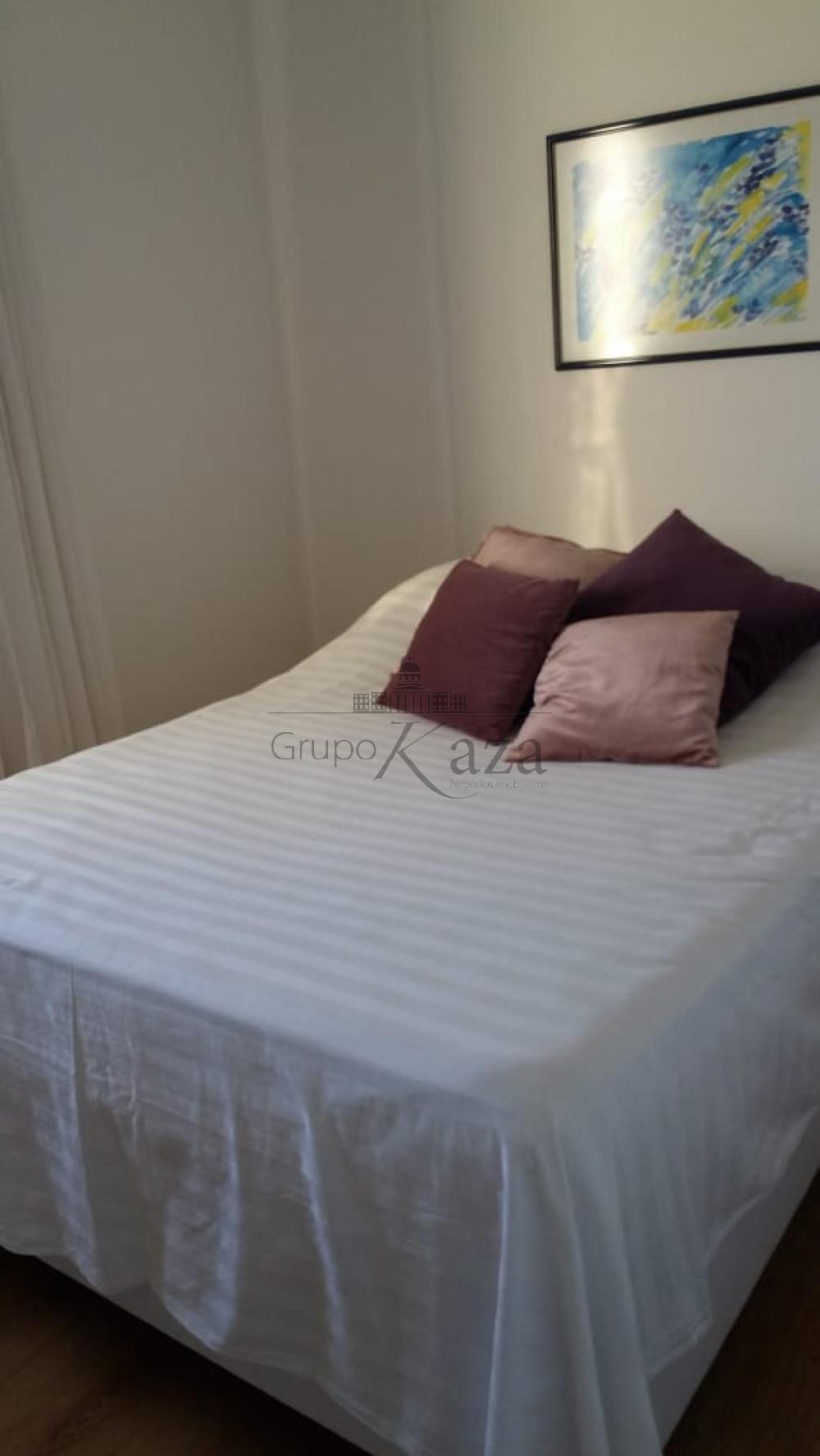 Comprar Apartamento / Padrão em São José dos Campos R$ 450.000,00 - Foto 3