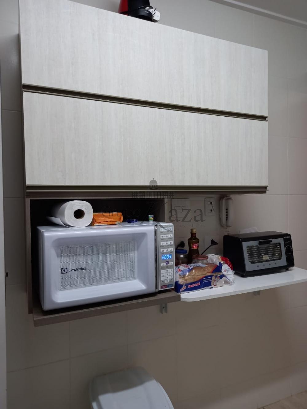 Alugar Apartamento / Padrão em São José dos Campos R$ 2.100,00 - Foto 6