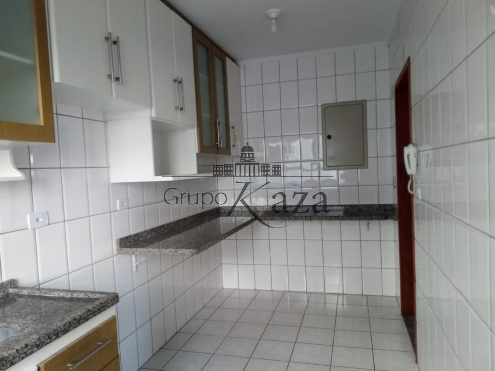 alt='Alugar Apartamento / Padrão em São José dos Campos R$ 2.500,00 - Foto 4' title='Alugar Apartamento / Padrão em São José dos Campos R$ 2.500,00 - Foto 4'