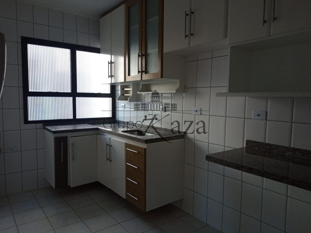 alt='Alugar Apartamento / Padrão em São José dos Campos R$ 2.500,00 - Foto 5' title='Alugar Apartamento / Padrão em São José dos Campos R$ 2.500,00 - Foto 5'