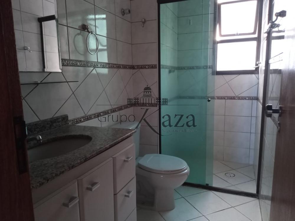 alt='Alugar Apartamento / Padrão em São José dos Campos R$ 2.500,00 - Foto 9' title='Alugar Apartamento / Padrão em São José dos Campos R$ 2.500,00 - Foto 9'