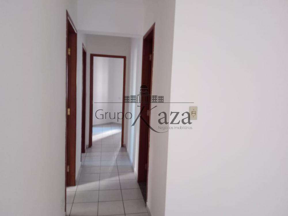 alt='Alugar Apartamento / Padrão em São José dos Campos R$ 2.500,00 - Foto 7' title='Alugar Apartamento / Padrão em São José dos Campos R$ 2.500,00 - Foto 7'
