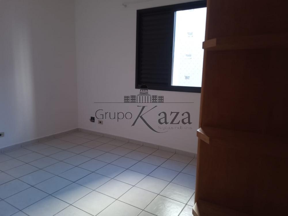 alt='Alugar Apartamento / Padrão em São José dos Campos R$ 2.500,00 - Foto 13' title='Alugar Apartamento / Padrão em São José dos Campos R$ 2.500,00 - Foto 13'