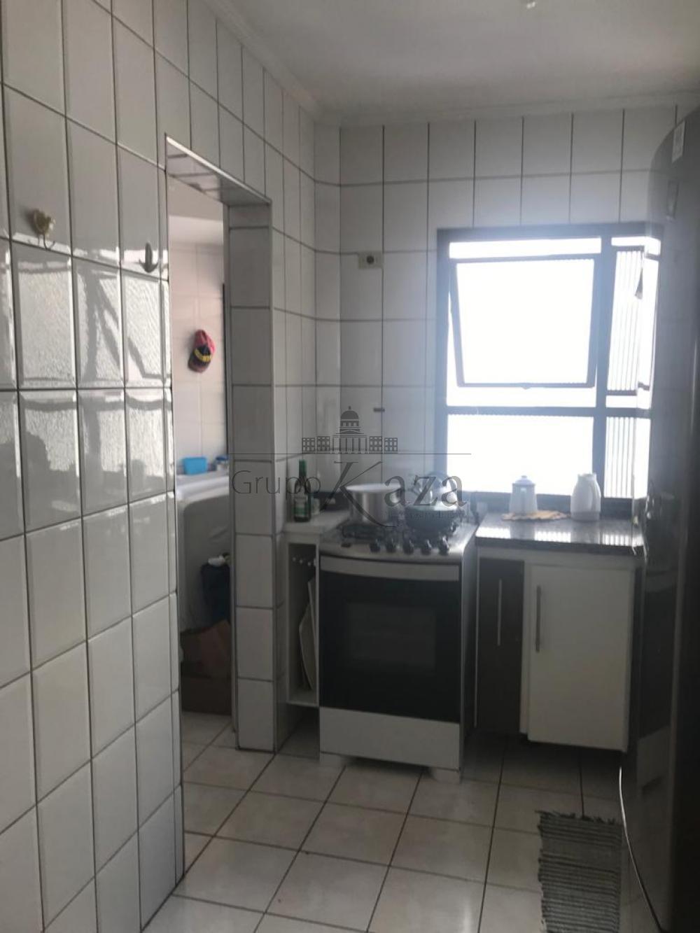 alt='Comprar Apartamento / Padrão em São José dos Campos R$ 595.000,00 - Foto 4' title='Comprar Apartamento / Padrão em São José dos Campos R$ 595.000,00 - Foto 4'