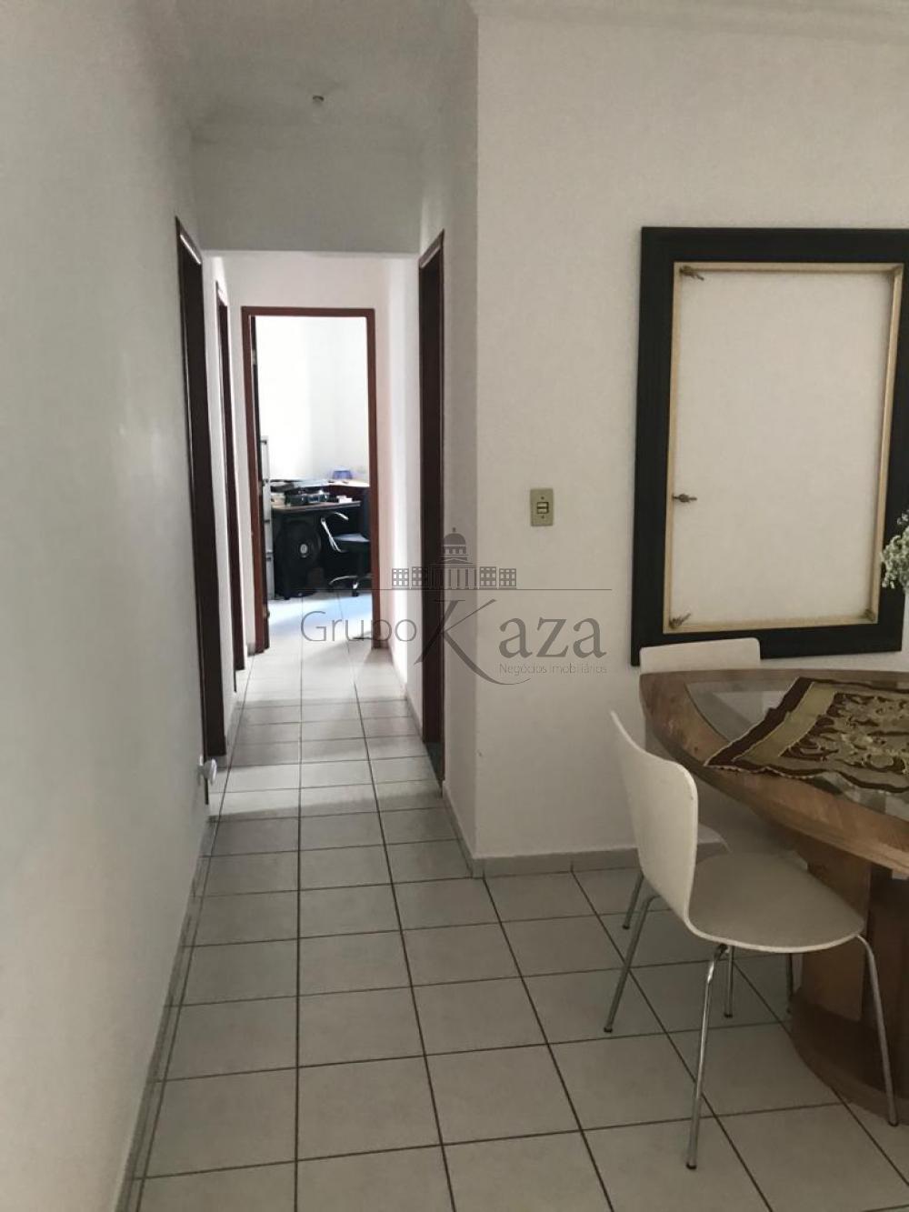 alt='Comprar Apartamento / Padrão em São José dos Campos R$ 595.000,00 - Foto 3' title='Comprar Apartamento / Padrão em São José dos Campos R$ 595.000,00 - Foto 3'