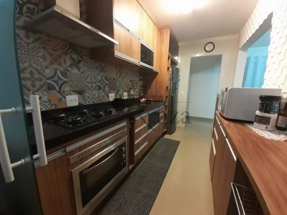 Comprar Apartamento / Padrão em São José dos Campos apenas R$ 318.000,00 - Foto 1