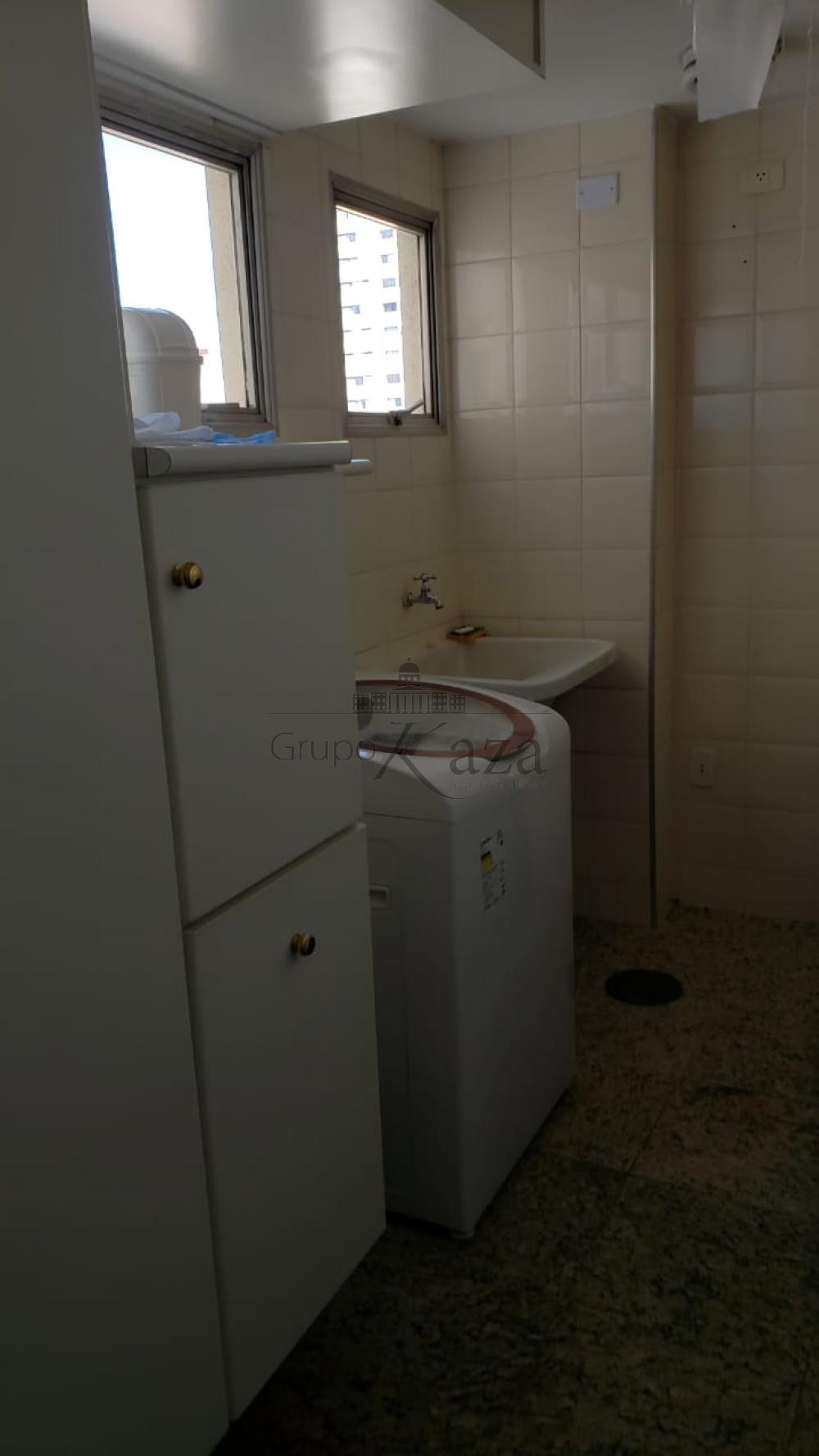 Alugar Apartamento / Padrão em São José dos Campos R$ 1.944,00 - Foto 8