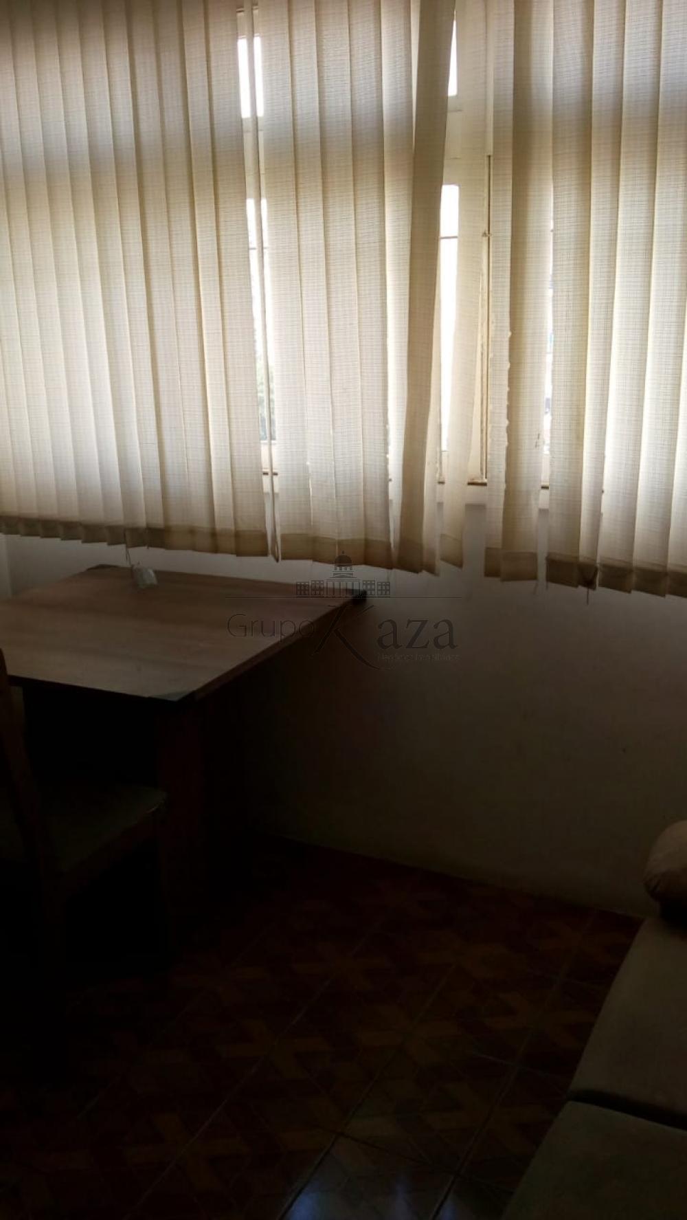 Alugar Apartamento / Padrão em São José dos Campos R$ 850,00 - Foto 9