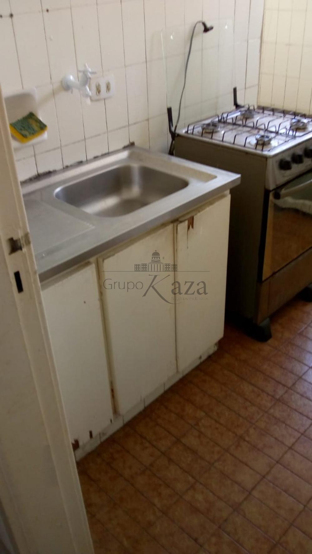 Alugar Apartamento / Padrão em São José dos Campos R$ 850,00 - Foto 10