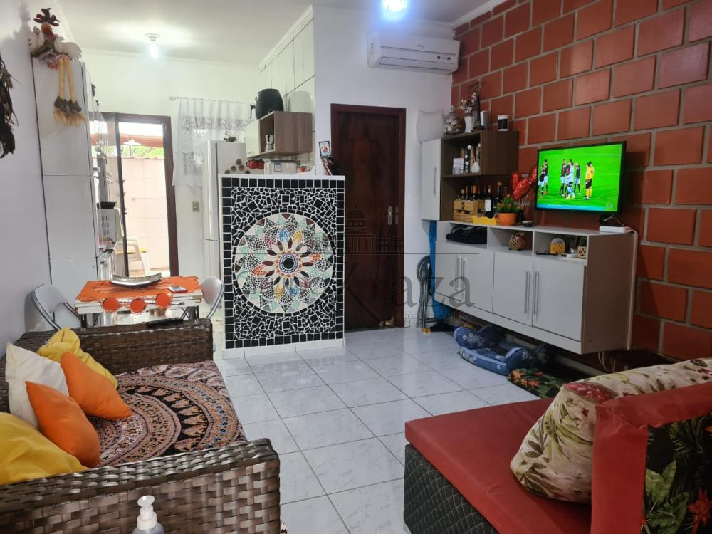 Comprar Apartamento / Flat em Caraguatatuba R$ 215.000,00 - Foto 1