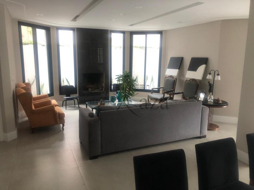 Sao Jose dos Campos Casa Venda R$2.600.000,00 Condominio R$550,00 4 Dormitorios 4 Suites Area do terreno 450.00m2 Area construida 600.00m2