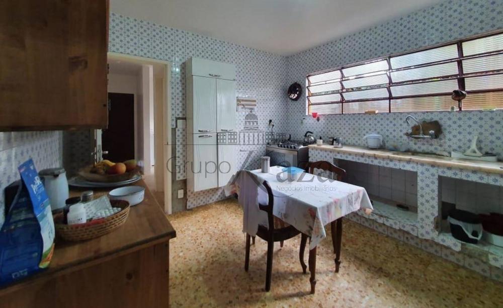 Sao Jose dos Campos Casa Locacao R$ 5.000,00 3 Dormitorios 1 Suite Area do terreno 450.00m2 Area construida 224.00m2