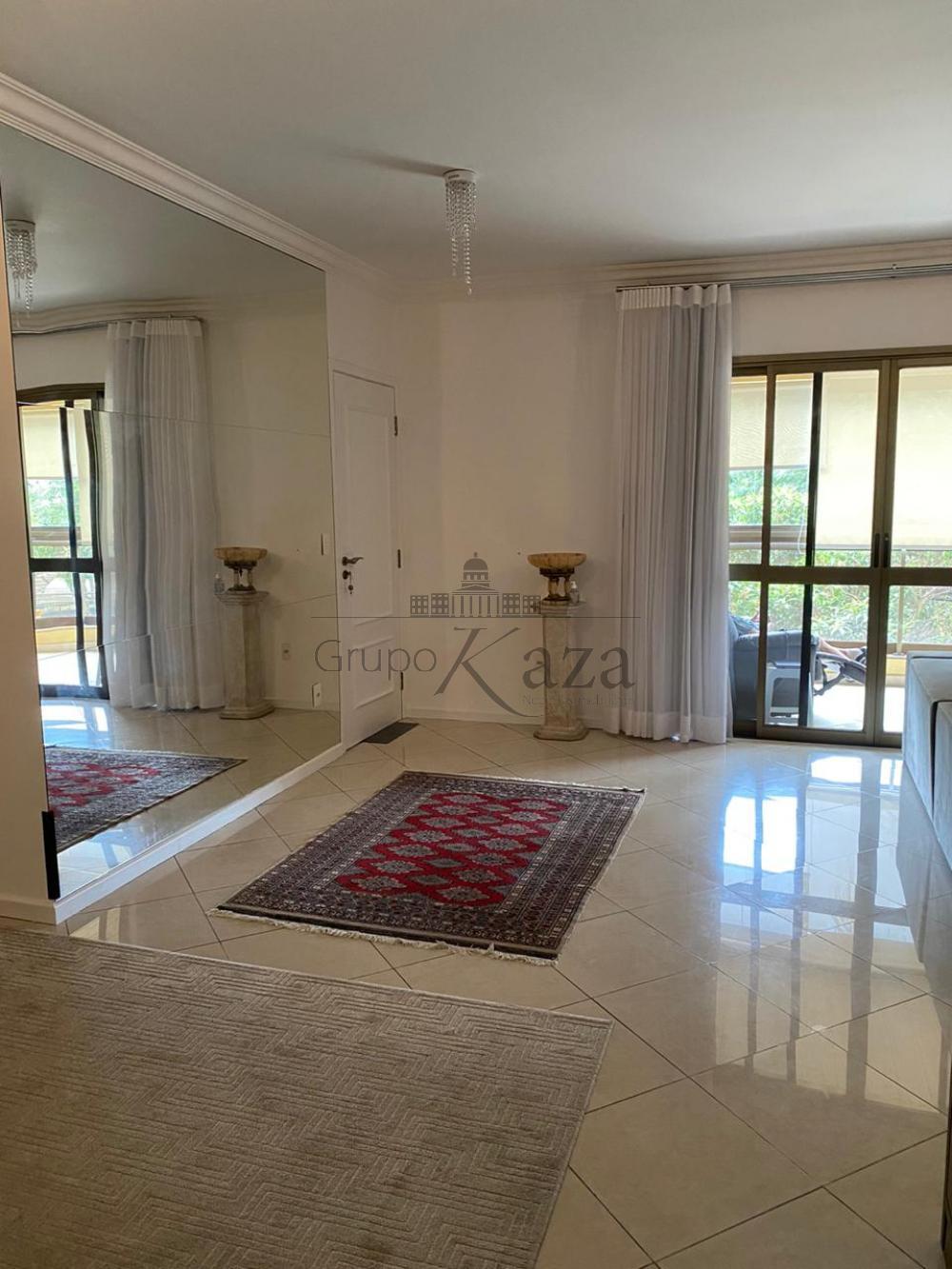 alt='Comprar Apartamento / Padrão em São José dos Campos R$ 930.000,00 - Foto 2' title='Comprar Apartamento / Padrão em São José dos Campos R$ 930.000,00 - Foto 2'