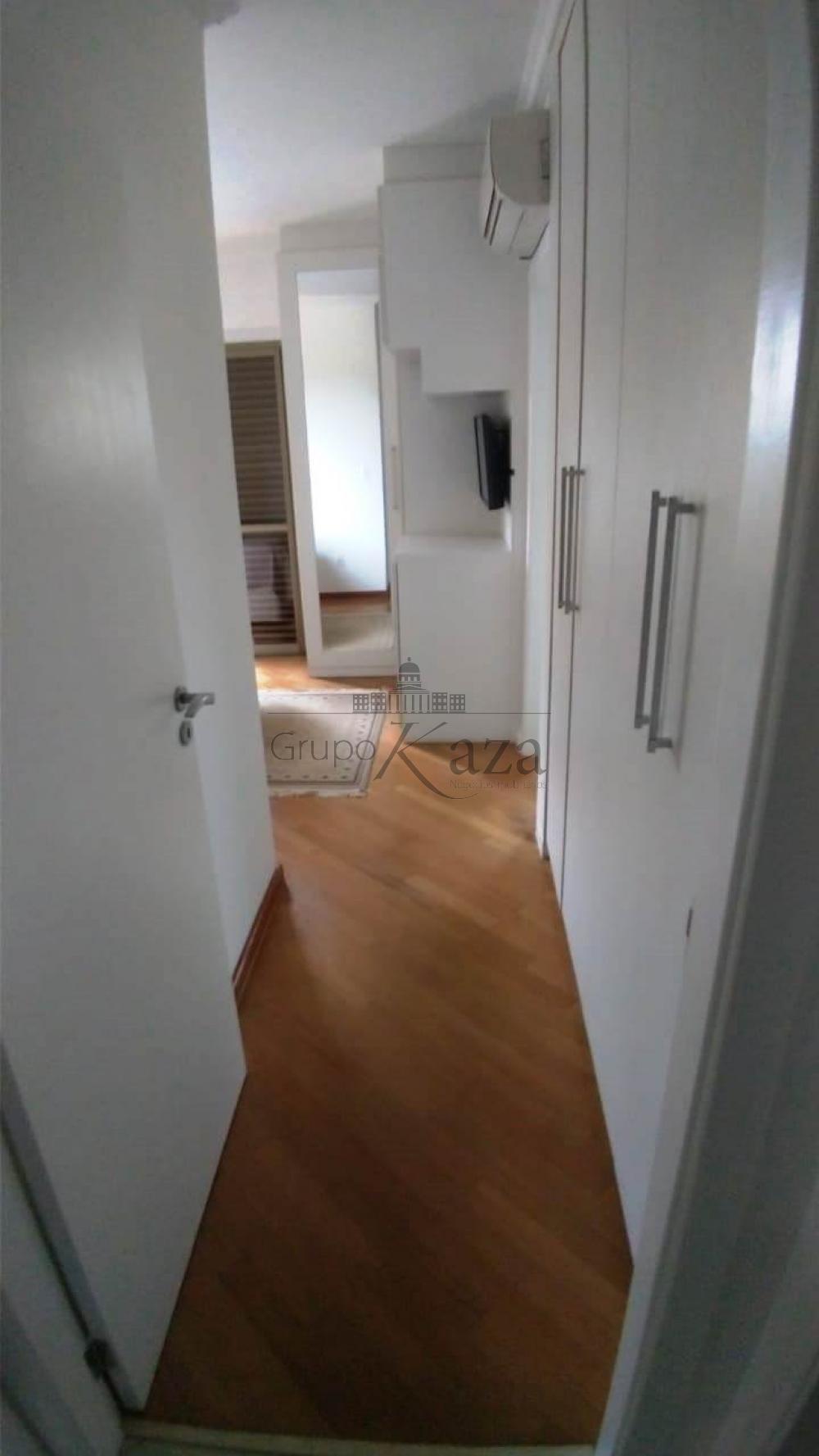 alt='Comprar Apartamento / Padrão em São José dos Campos R$ 930.000,00 - Foto 21' title='Comprar Apartamento / Padrão em São José dos Campos R$ 930.000,00 - Foto 21'