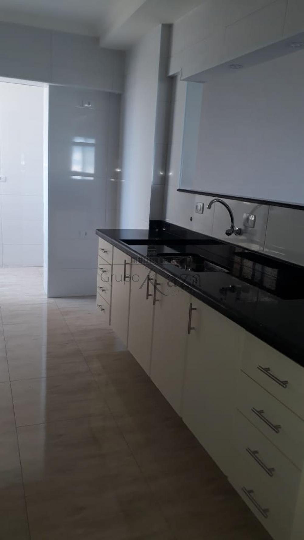 alt='Comprar Apartamento / Padrão em São José dos Campos R$ 373.000,00 - Foto 6' title='Comprar Apartamento / Padrão em São José dos Campos R$ 373.000,00 - Foto 6'