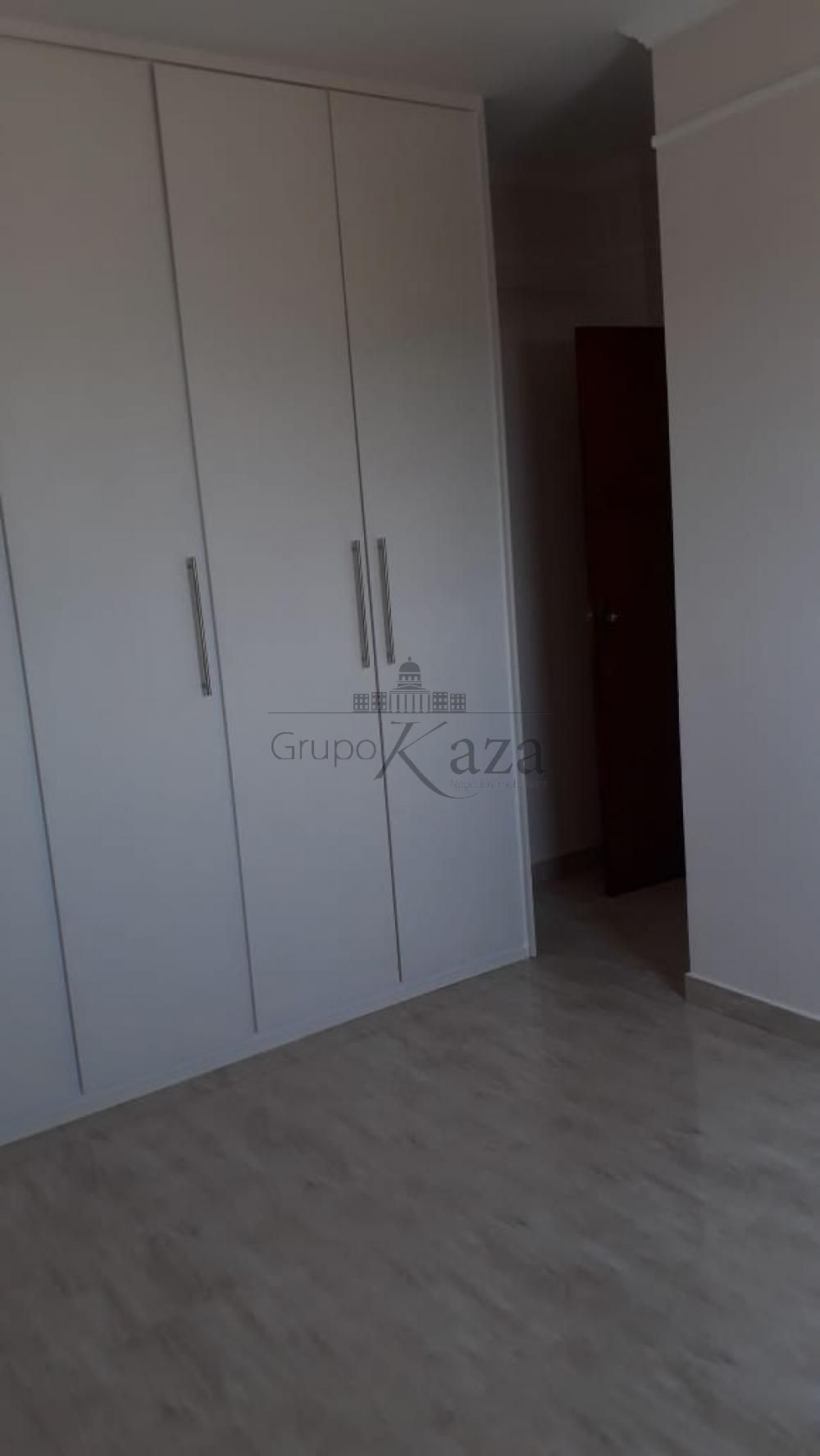 alt='Comprar Apartamento / Padrão em São José dos Campos R$ 373.000,00 - Foto 11' title='Comprar Apartamento / Padrão em São José dos Campos R$ 373.000,00 - Foto 11'
