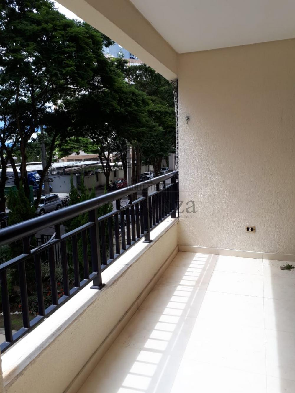 Alugar Apartamento / Padrão em São José dos Campos R$ 2.650,00 - Foto 4